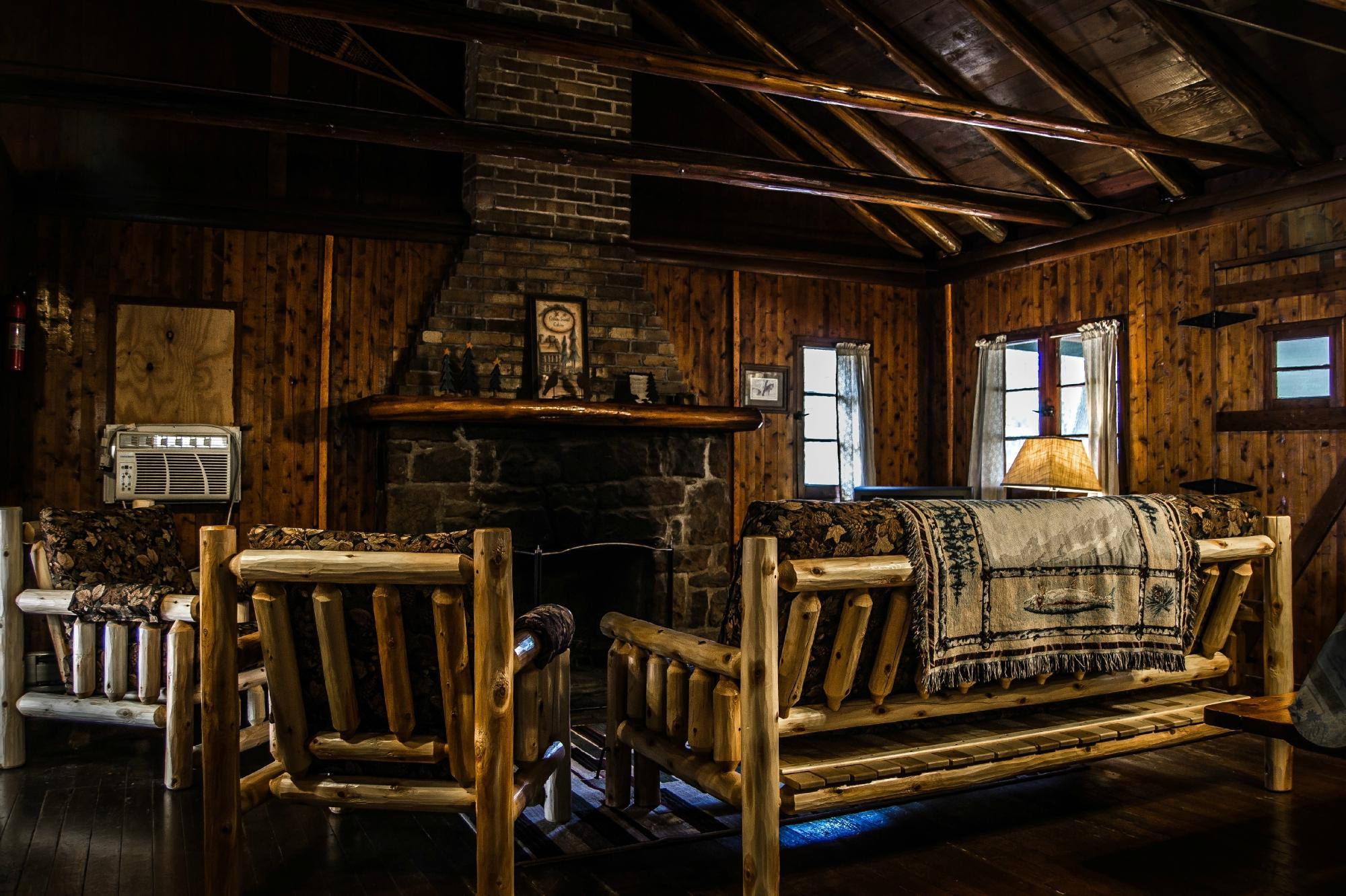 Hominy Ridge Lodge and Cabins