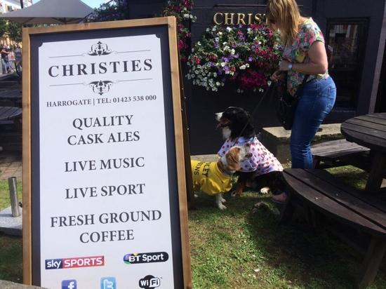 ‪Christies Bar Harrogate‬