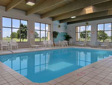 Baymont Inn & Suites Janesville