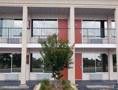 Days Inn Tallahassee - Government Center