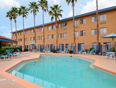 Days Hotel Mesa Near Phoenix