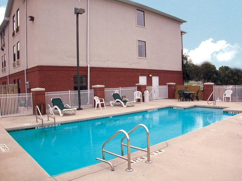 Holiday Inn Express Fultondale
