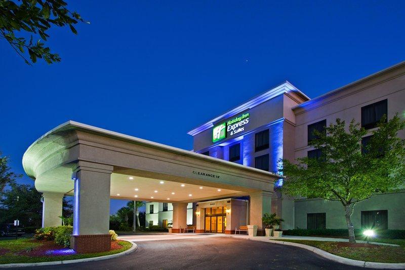 Holiday Inn Express Hotel & Suites - Veteran's Expressway