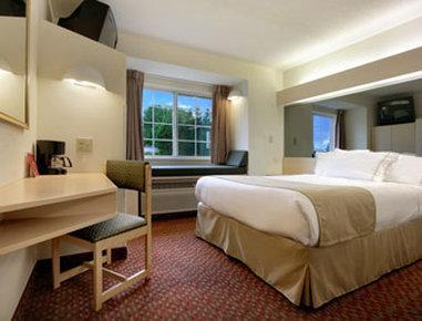 Microtel Inn & Suites by Wyndham Burlington
