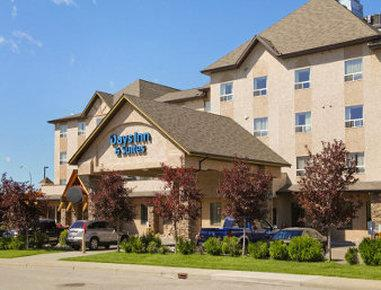 Days Inn & Suites West Edmonton