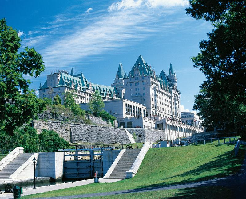‪Fairmont Chateau Laurier‬