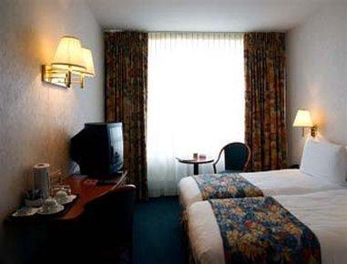 라마다 부쿠레슈티 파크 호텔