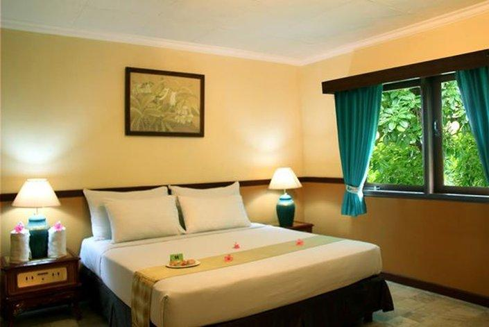 Jayakarta Villas Anyer Beach Resort, Boutique Suites & Spa