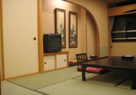 Oike Hotel Honkan