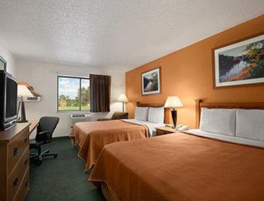 Travelodge Muskegon