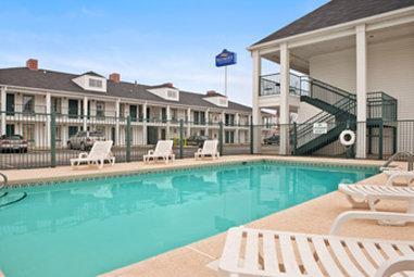Baymont Inn & Suites Tuscaloosa