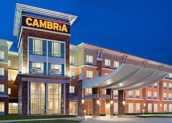 Cambria Hotel & Suites Fargo - West Fargo Conference Center