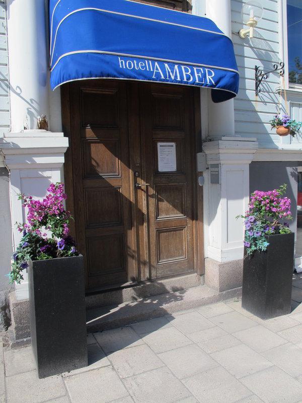 Amber Hotell