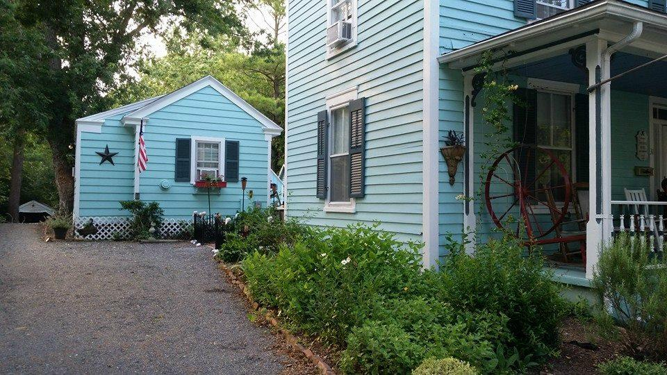 Spinning Wheel Bed and Breakfast