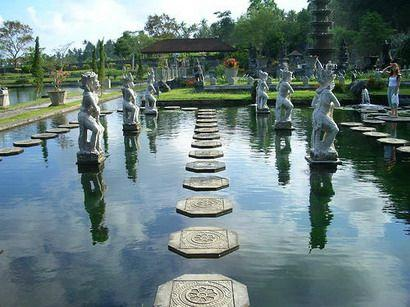 Wayan Aryawan - Tur Harian Bali