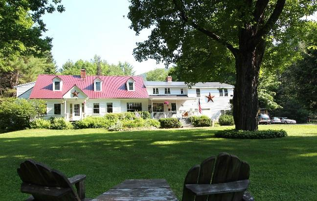 Buttonwood Inn on Mount Surprise