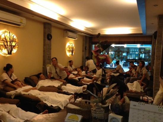 Limone Massage & Spa