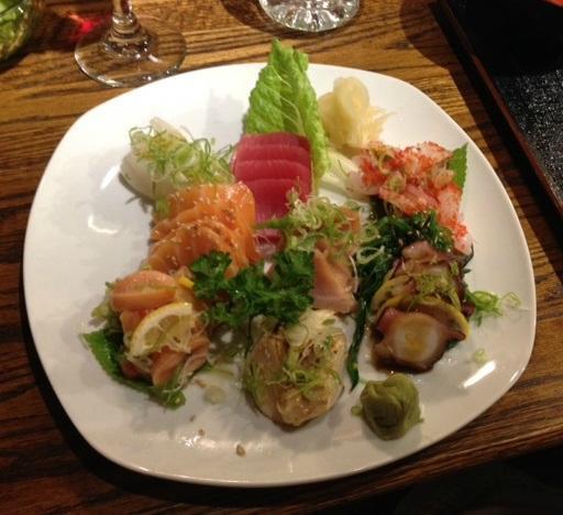 Akasaka japanese restaurant windsor 1071 lesperance rd for Akasaka japanese cuisine