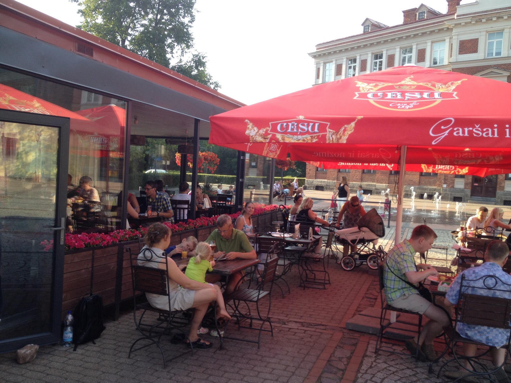 Cafe 2Locals