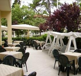Hotel Villa Platani