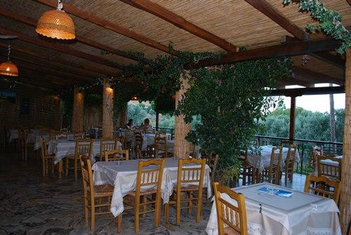 Labros Restaurant Grill