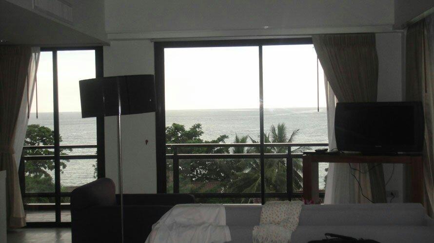 ビーチ テラス ホテル
