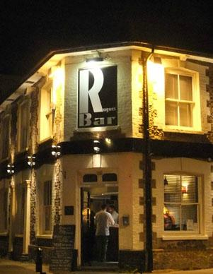 Rogues Bar Quiz Night