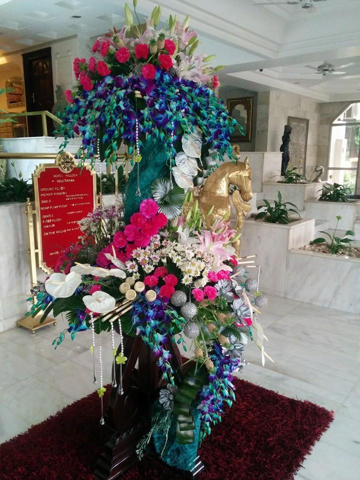 Floresy Online Artificial Flower Arrangements Designer