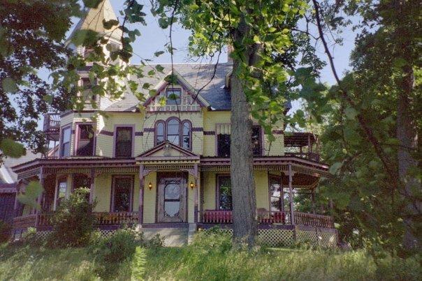 Trebor Mansion Inn