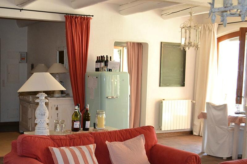 Hotel Le Bois Dormant - Le Bois Dormant B&B Reviews& Price Comparison (Saint Saturnin les Apt, France Luberon