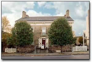 Noon-Collins Inn