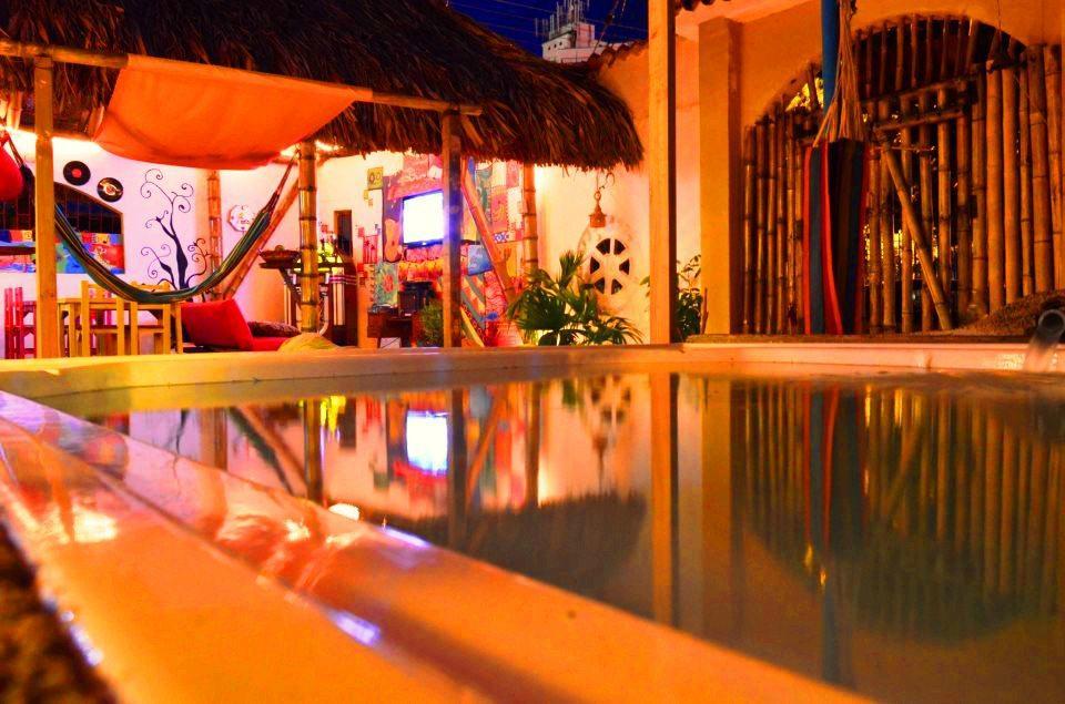 Casa del Ritmo Bar & Hostel