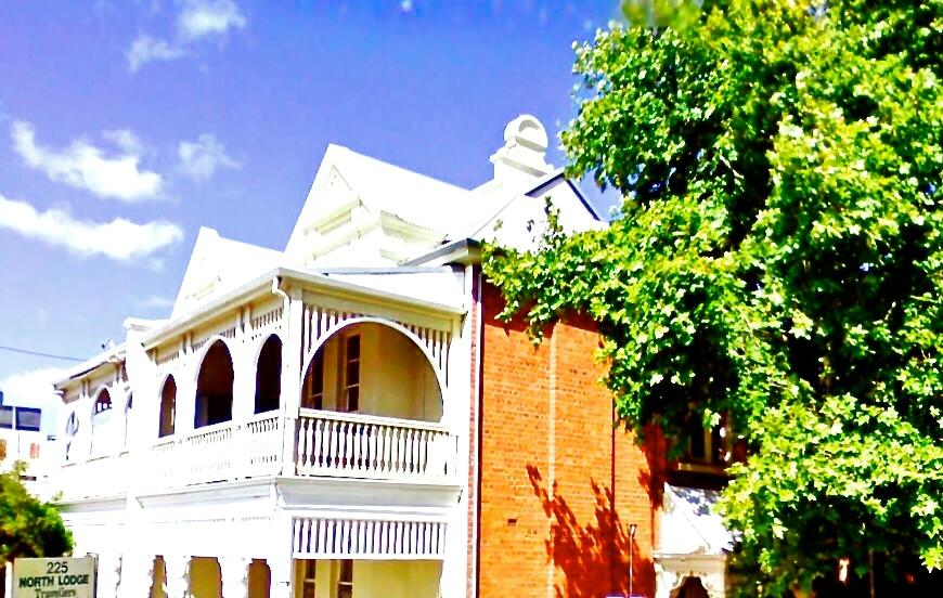 North Lodge Backpackers/Perth City Apartments