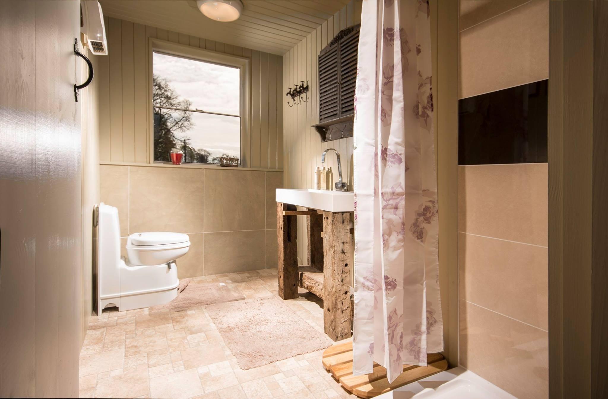Sun Bank Holiday Cottage And Bed & Breakfast   Ty Ifa Sunbank Sun Bank, Llangollen LL20 8EG   +44 7791 232029