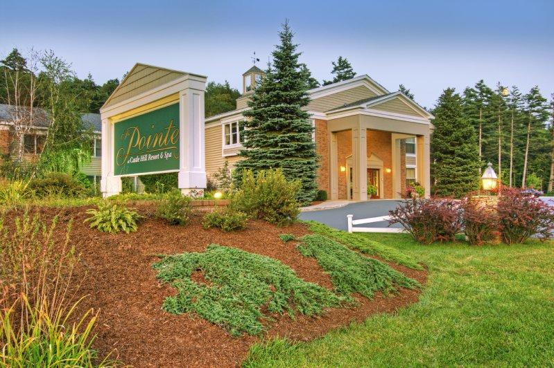 The Pointe at Castle Hill Resort