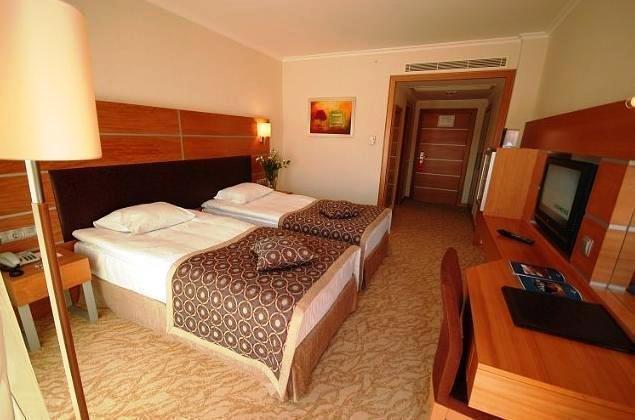 アンカラ プラザ ホテル