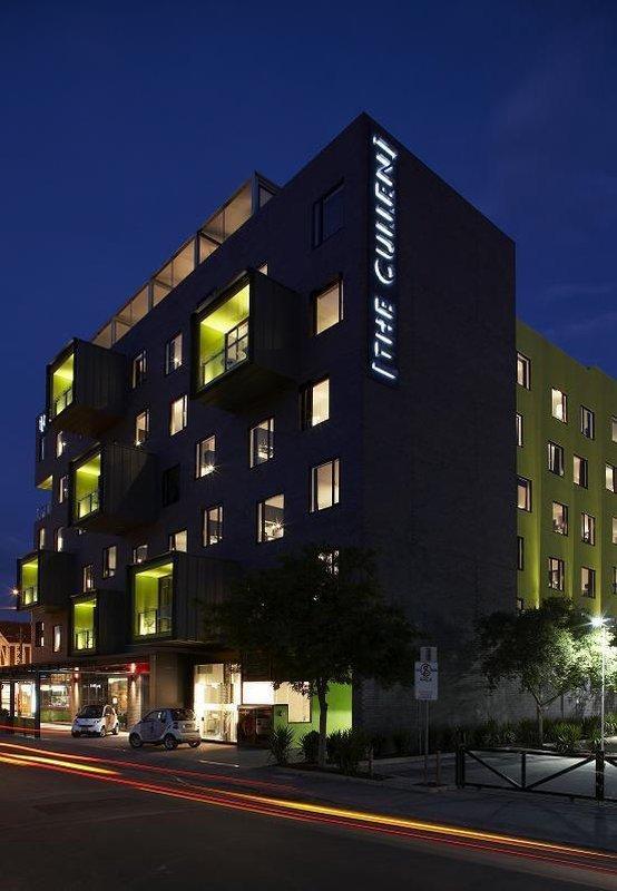 โรงแรมอาร์ทซีรีส์เดอะคุลเลน