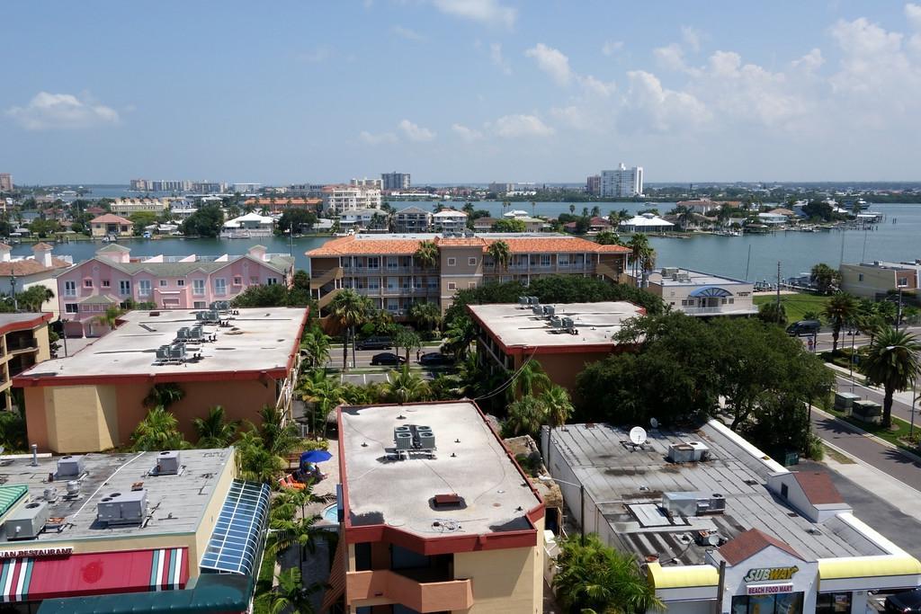 Dreamview Beachfront Hotel Amp Resort Clearwater Fl