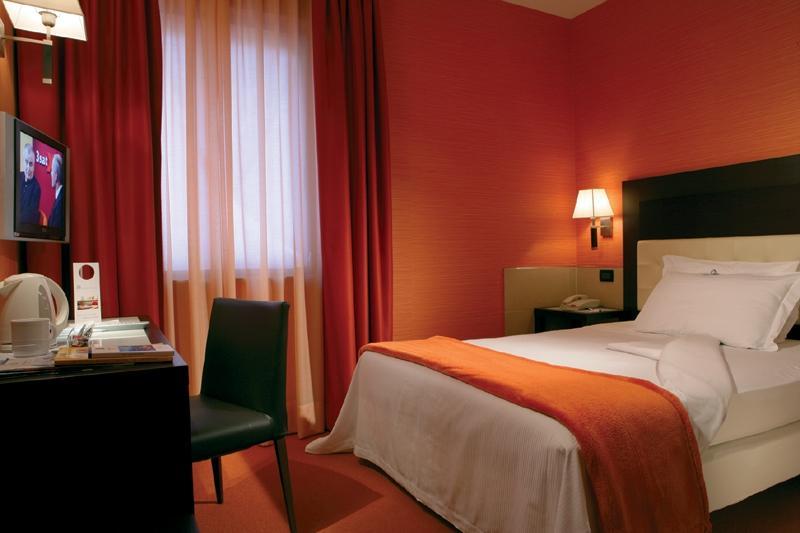 貝斯特韋斯特格瑞澤雅宮酒店