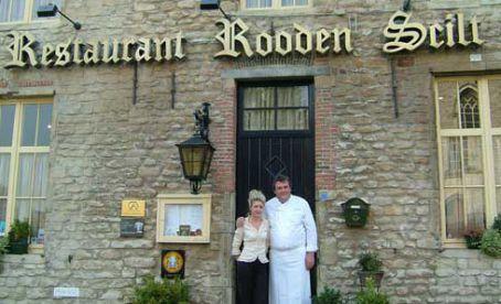 Restaurant Rooden Scilt