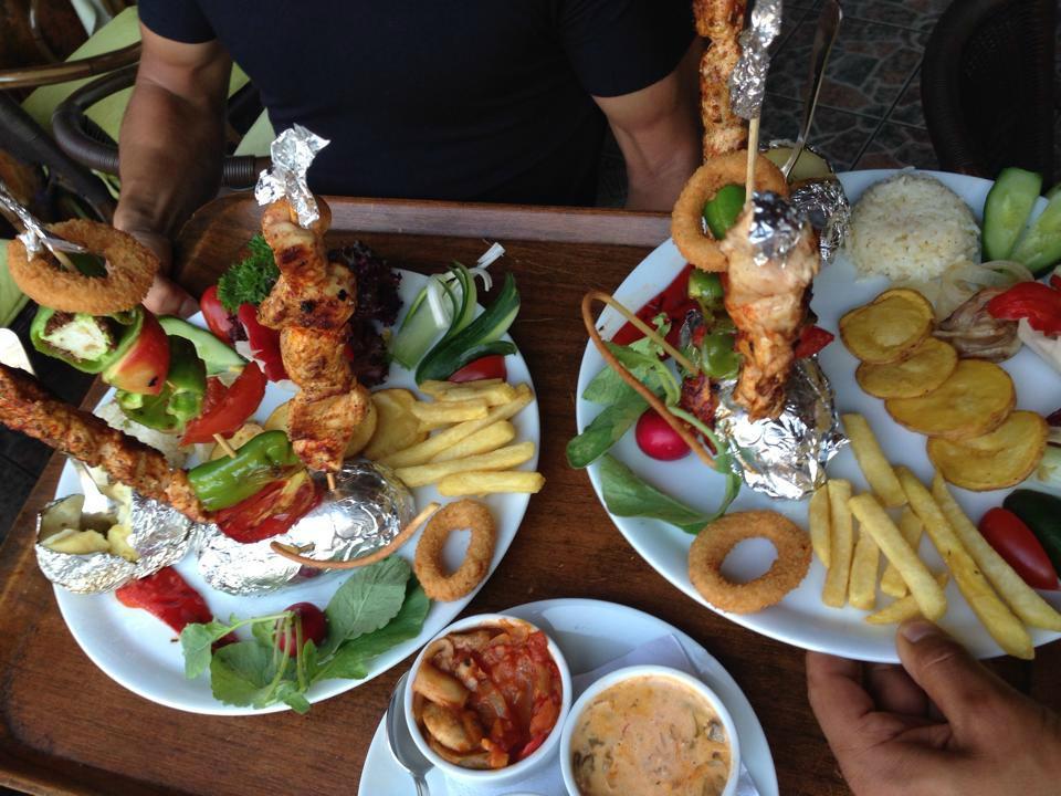 Green heaven restaurant dance bar alanya restaurant for Alanya turkish cuisine