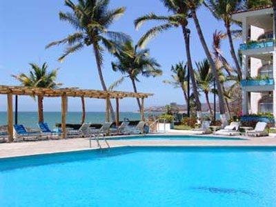 維斯塔巴亞爾塔港海灘套房飯店