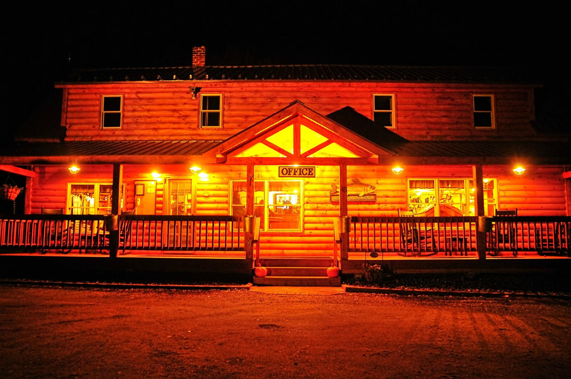 Cabins at Lopstick