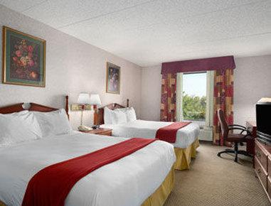 Baymont Inn & Suites Lexington