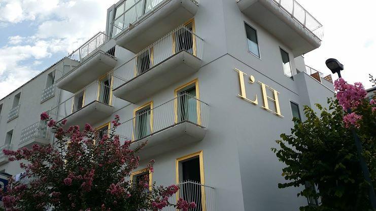 L' H Hotel