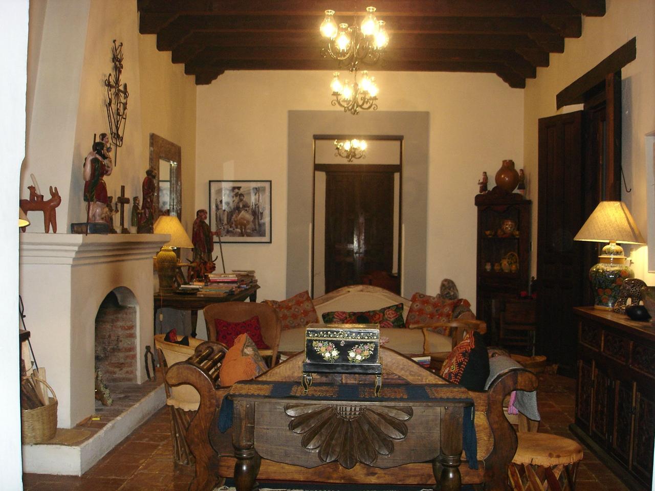 Casa Felipe Flores