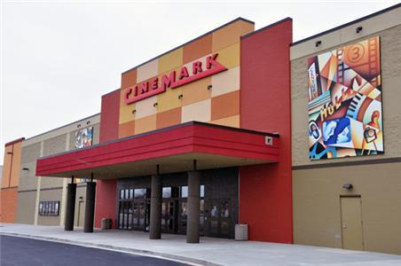 ‪Cinemark Stadium Theatre‬