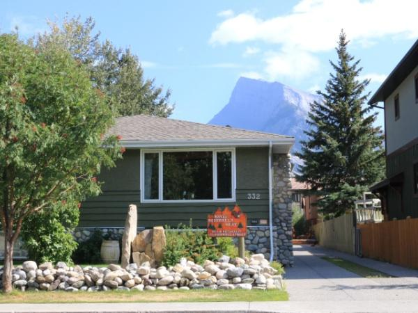 Banff Squirrel's Nest Bed & Breakfast