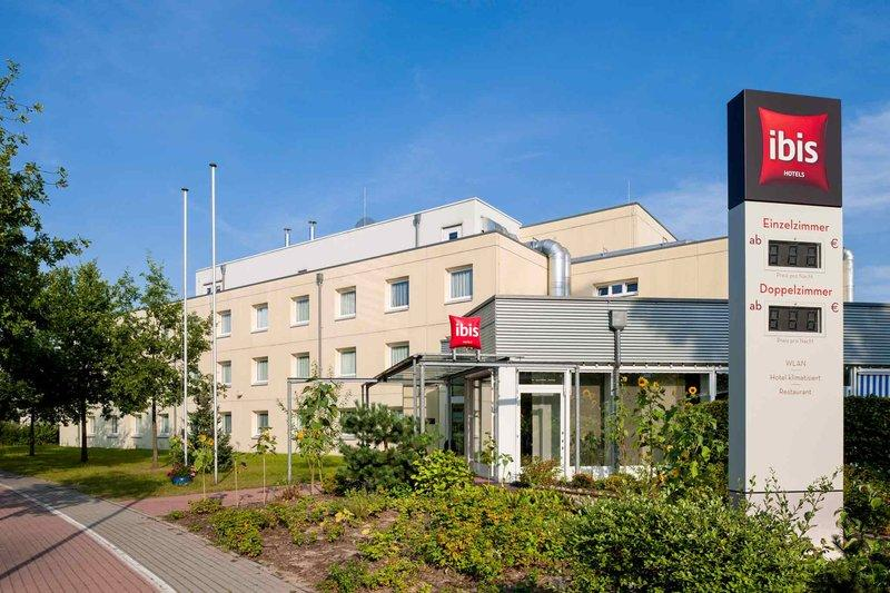 Kleinmachnow Germany  City pictures : Ibis Berlin Dreilinden Kleinmachnow, Germany Jun 2016 Hotel ...
