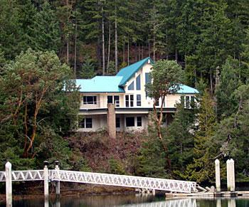 Pleasant Harbor Marina House